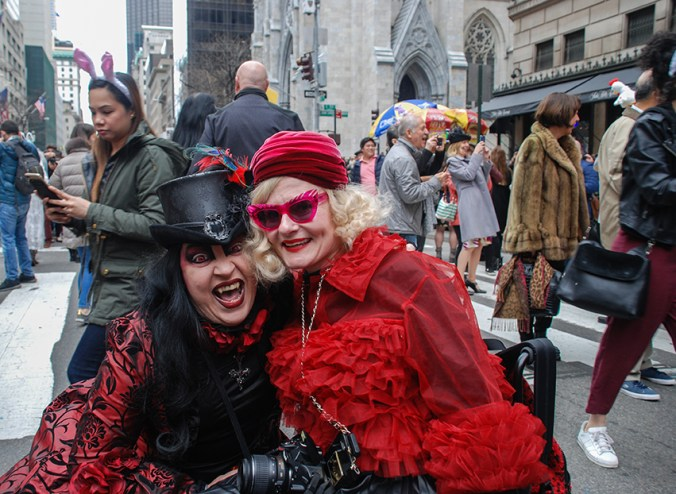 ny easter hat parade goth girl and wheelchair blogger