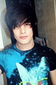 emo hairstyles trendy guys