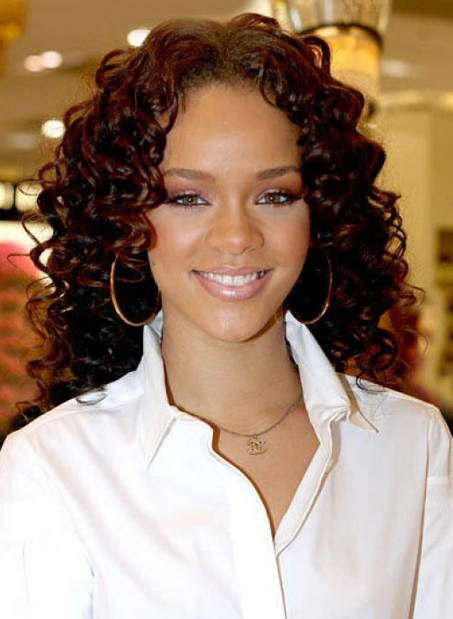 Naturally Curly Hairstyles For Women Medium Curly Hairstyles