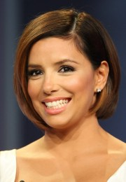 cute short bob hairstyle - side