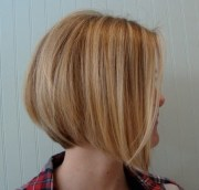 graduated bob haircut - trendy