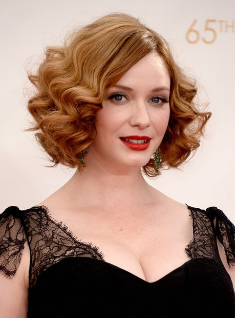 1960's Hairstyle Elegant Short Blonde Curly Hairstyle Pretty