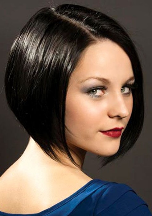 Classic Short Sleek Bob Hairstyle For Women Pretty Designs