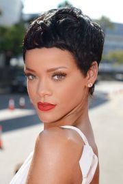 9 lovely short hairstyles summer