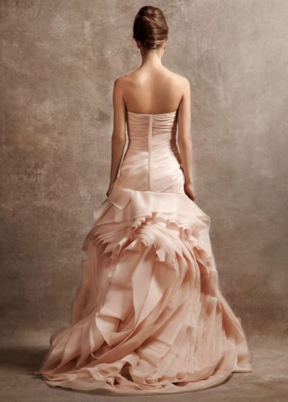 14 Amazing and Breathtaking Wedding Dresses for 2014