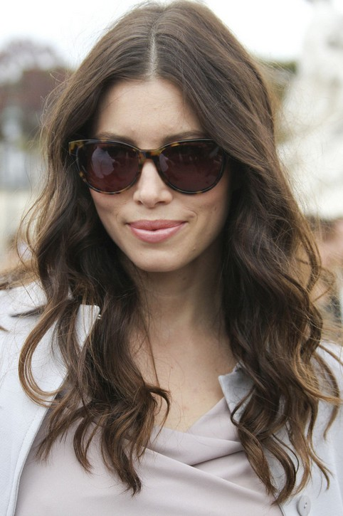 Jessica Biel Long Hairstyle Soft Waves Pretty Designs