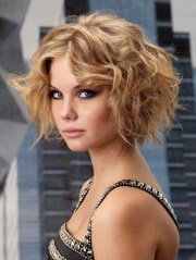 sexy short bob hairstyle with curls