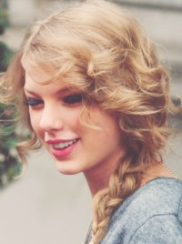 Taylor Swift Hairstyles: Fabulous Braided Hairstyles for ...