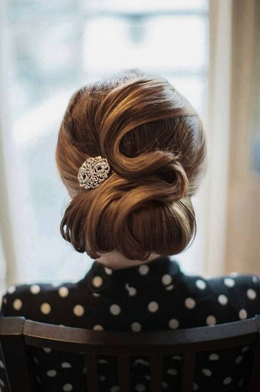 7 Dainty Vintage Updo Hairstyles  Pretty Designs