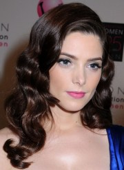 ashley greene long hairstyle classic
