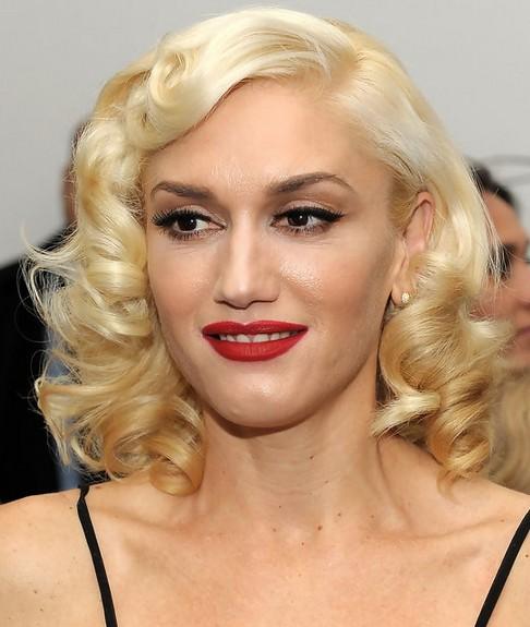 28 Gwen Stefani Hairstyles Gwen Stefani Hair Pictures Pretty