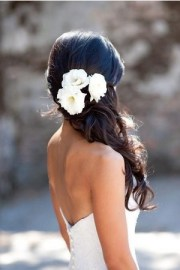 5 fantastic beach wedding hairstyles