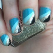 gorgeous blue nails art - pretty