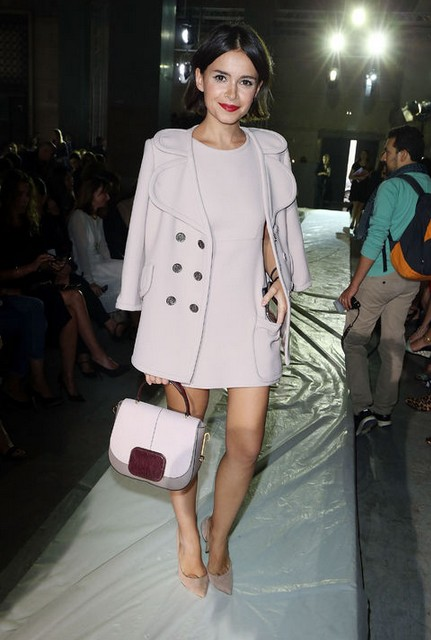 8 Miroslava Dumas Fabulous Outfit Looks to Give You a Colorful Look in Spring  Pretty Designs
