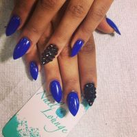 Top 13 Blue Pointy Nails - Pretty Designs