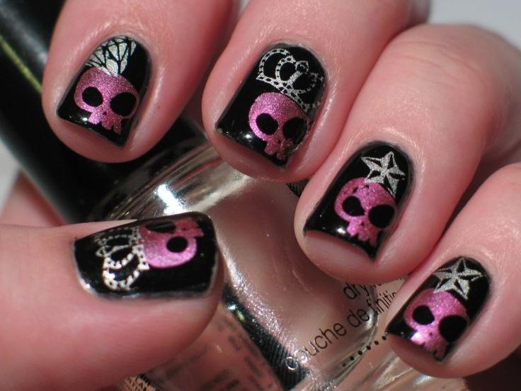 20 Skull Nail Designs to Rock the Season  Pretty Designs