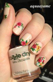 make floral nail polish