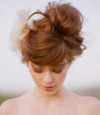 Loose Bun Hair Designs for Your Holiday - Pretty Designs