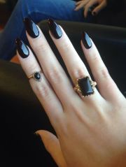 pointy nail design