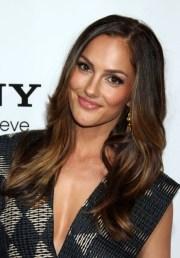 layered hairstyles women