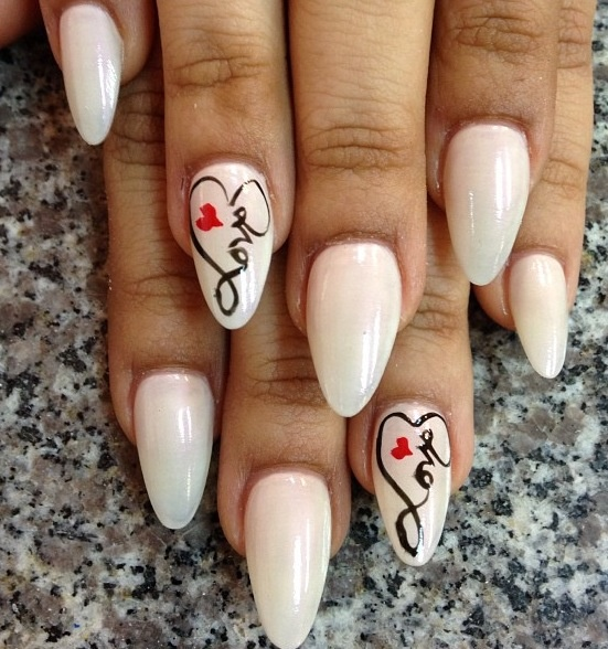 15 Pointy Nail Designs for You to Rock the Holidays  Pretty Designs