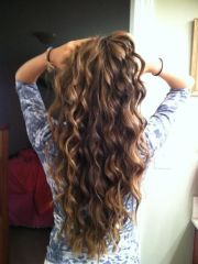 curly hairstyle beach