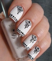 15 Easy Black and White Nail Designs for Beginners ...
