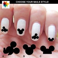 14 Ingenious Mickey Mouse Nail Art Designs - Pretty Designs