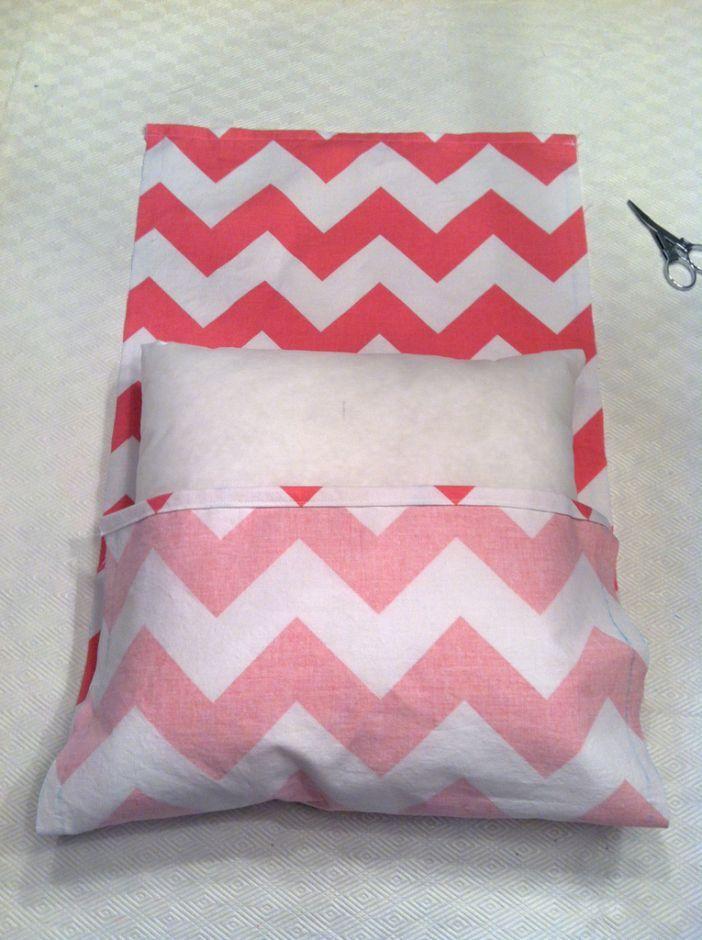 10 Decorative DIY Pillow Tutorials  Pretty Designs