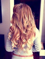 gorgeous long curly hairstyles
