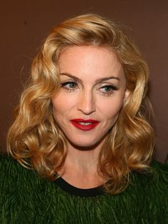 10 Great Madonna Hairstyles  Pretty Designs