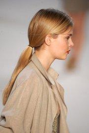 pretty ponytail hairstyles