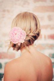 glamorous bridesmaid hairstyles