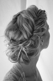 gorgeous messy wedding updos