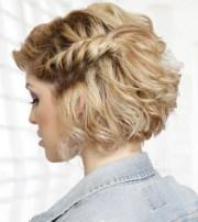 fashionable medium hairstyles
