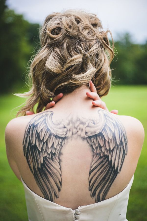 20 Female Wing Tattoo Back Ideas And Designs