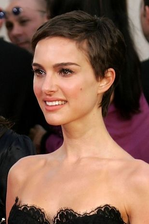 12 Charming Natalie Portman Hairstyles Pretty Designs
