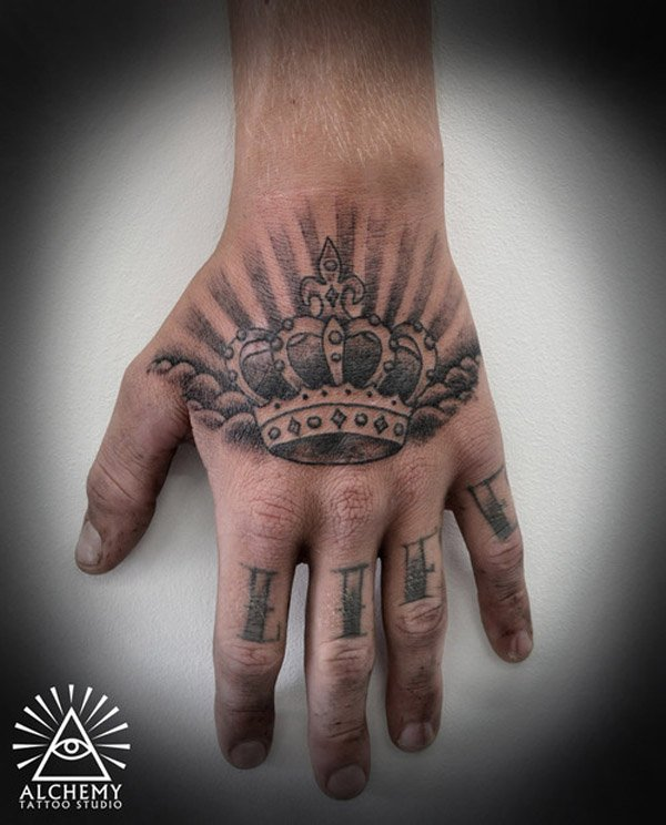 20 Cool Small Crown Tattoos Ideas And Designs