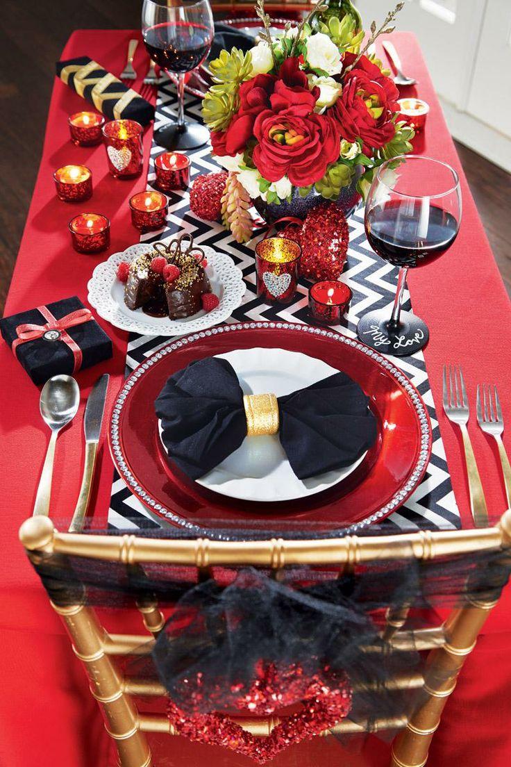 20 Ideas to Set a Romantic Table  Pretty Designs