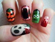horrifying halloween nail design