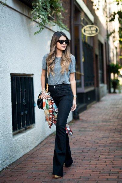 Denim Fashion Dark Wash High Waist Flared Jeans T Shirt Scarf Sunglasses