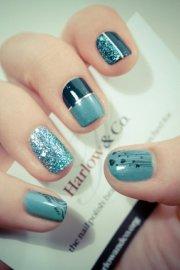 cool metallic nail design