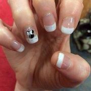 stunning wedding nails design