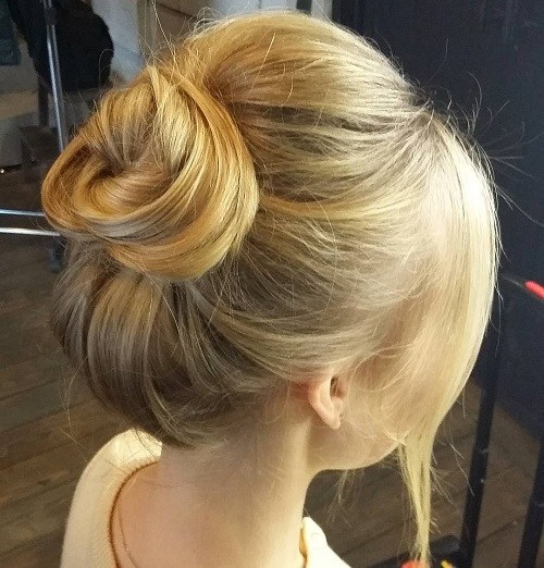 15 Simple Easy but Stylish Top Knots for Summer  Best High Top Bun Updos