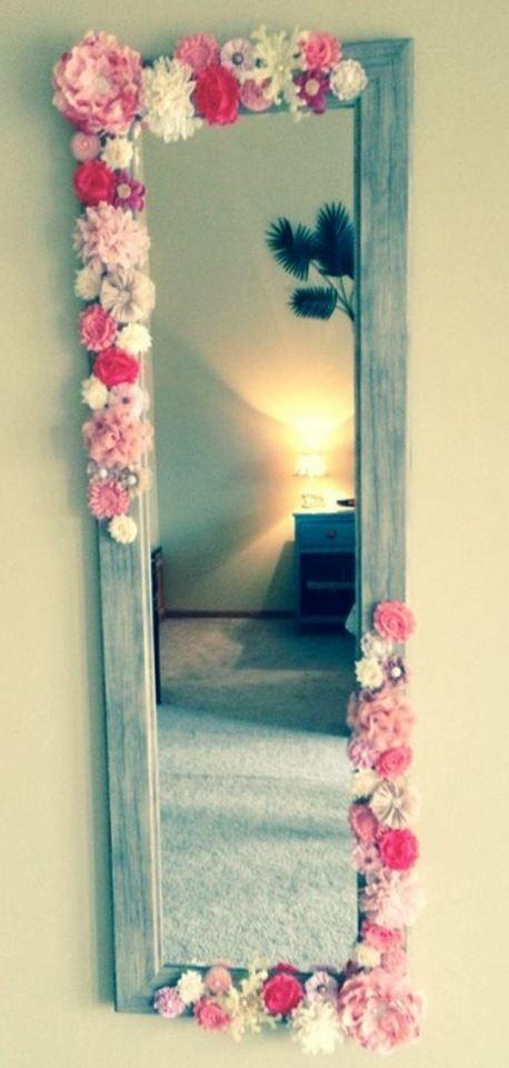 10 Dorm Room DIYs To Make Your Room Feel Homey