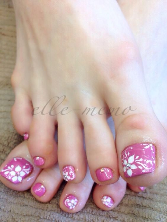 30 Really Cute Toe Nails for Summer