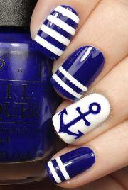 nautical themed nail arts