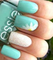 chic beachy aqua manicures