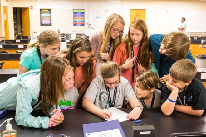 Making Dreams Come True: Win a Scholarship to Veterinarian Camp for Teens and Tweens