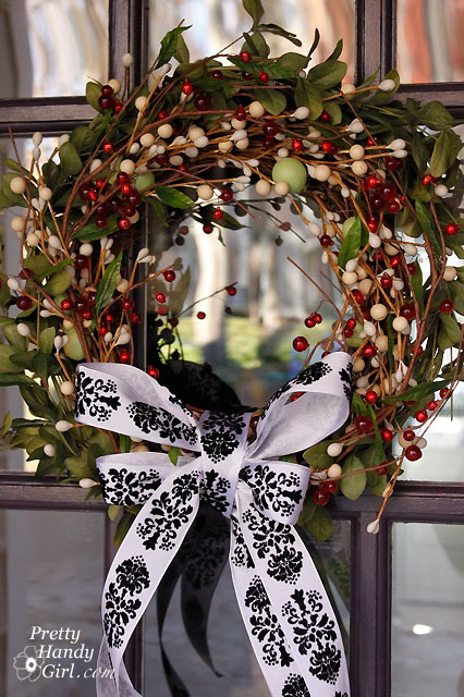 24 Fabulous Creative Fall Wreaths